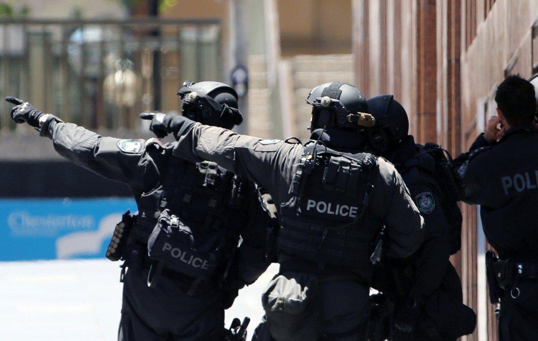 澳洲新南威爾斯省警方花大錢採購軍用槍械,卻從未發射。美聯社