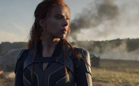 2020年即將到來,好萊塢各大片商也紛紛釋出明年眾多娛樂強片的消息,觀眾最期待哪些電影呢?根據外媒「Fandango」的一份調查報告指出,兩部超級英雄電影「神力女超人1984」、「黑寡婦」在票選結果...