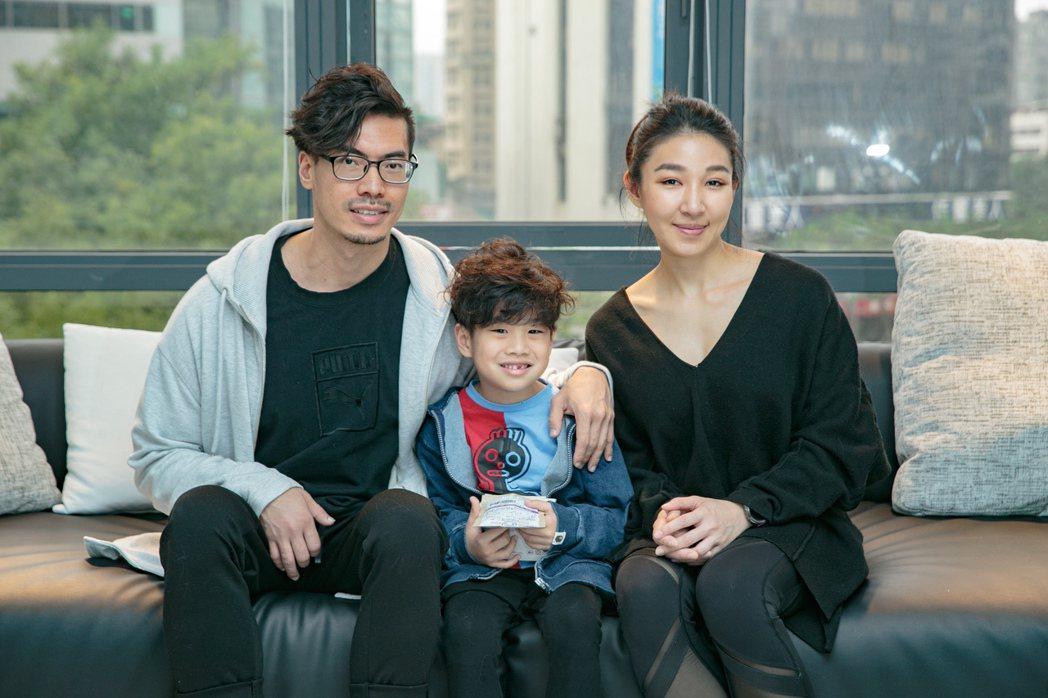 經過病魔打擊,筋肉爸爸一家人更重視健康。記者曾原信/攝影