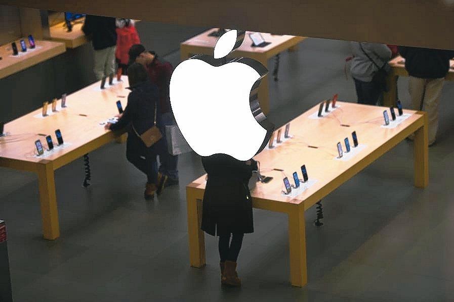 蘋果股價今年來大漲逾80%,漲幅稱冠「五大尖牙股」。 路透
