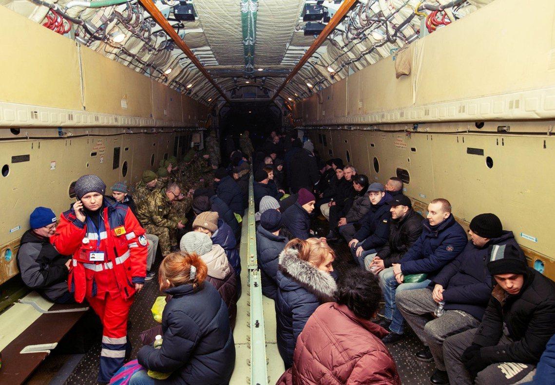 烏克蘭中央政府與烏東頓巴斯的親俄分離主義勢力,29日下午舉行了由德國、法國斡旋的...
