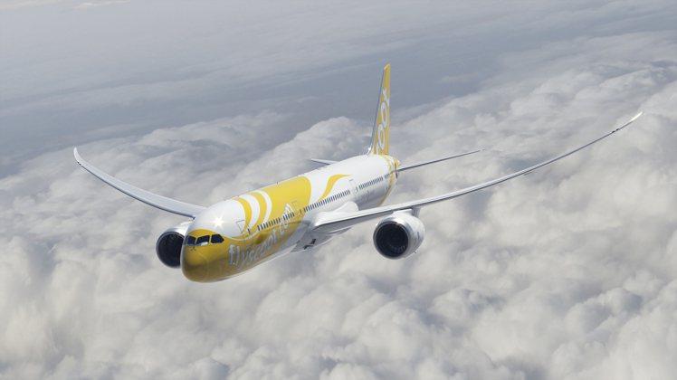 除了經濟艙外,旅客也可以選擇787夢幻客機的酷航Plus。