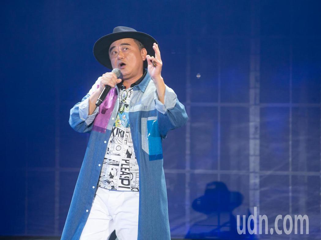 陳昇今天晚上在台北國際會議中心舉辦「逃跑的日子」2020跨年演唱會。記者季相儒/...