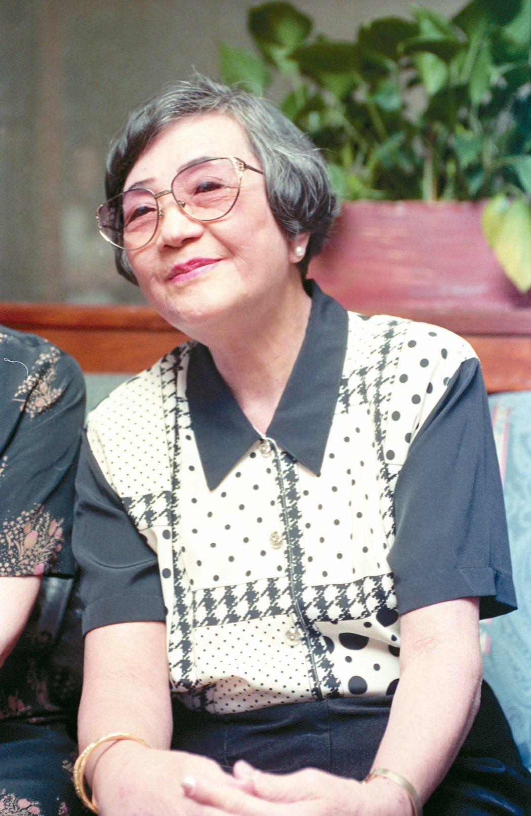 姚莉的「玫瑰玫瑰我愛你」是第一首打入美國音樂流行榜的華人歌曲。 圖/聯合報系資料...