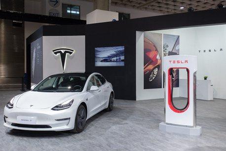 特斯拉2020年漲不停 躍居史上市值最高美國汽車製造商