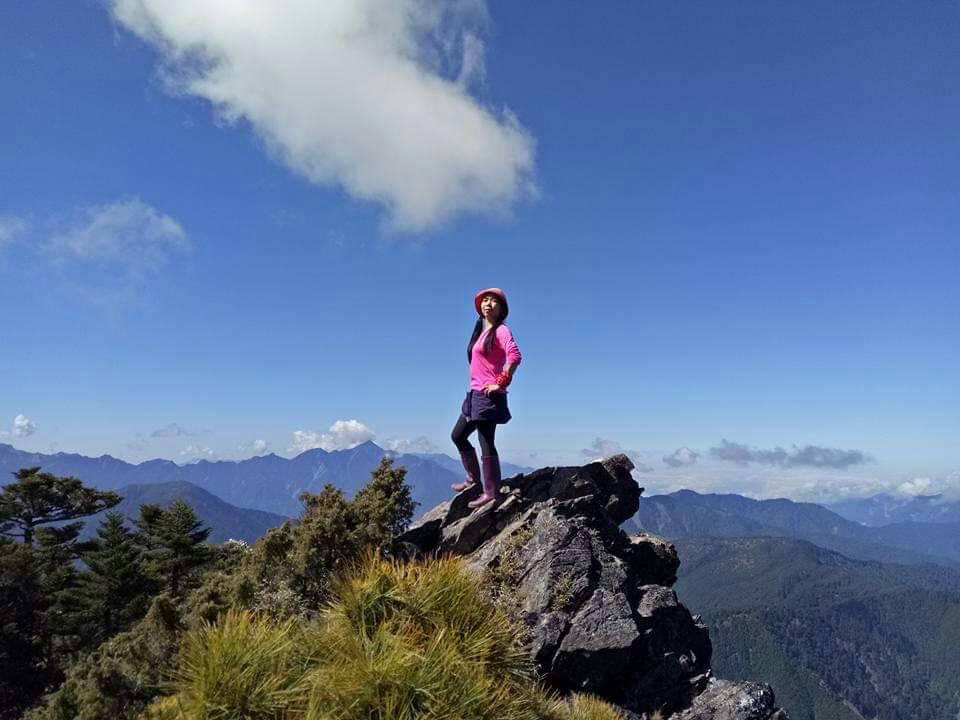 賴宜珊的人生下半場更加精采,除重拾舞蹈,也挑戰30餘座的百岳。 圖/賴宜珊提供