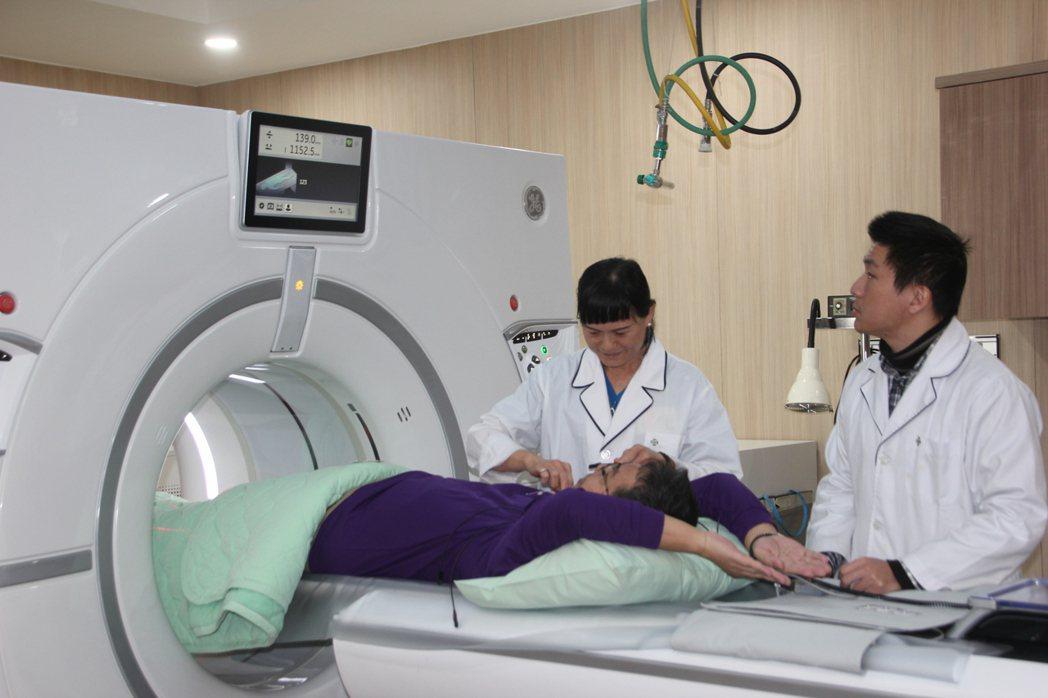 48歲科技男林先生進行「寶石全景電腦斷層」檢查,結果他的冠狀動脈左主幹血管已阻塞...