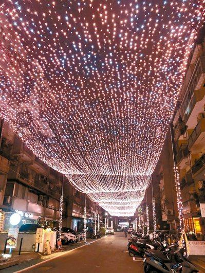 北市耶誕燈海挨批光害且不環保。 圖/議員王欣儀提供