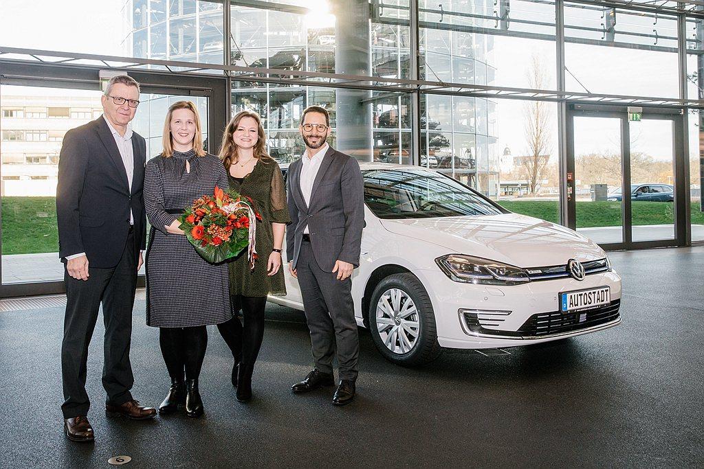 福斯汽車的第25萬電動車於2019年12月中旬在德國交付。 圖/Volkswag...