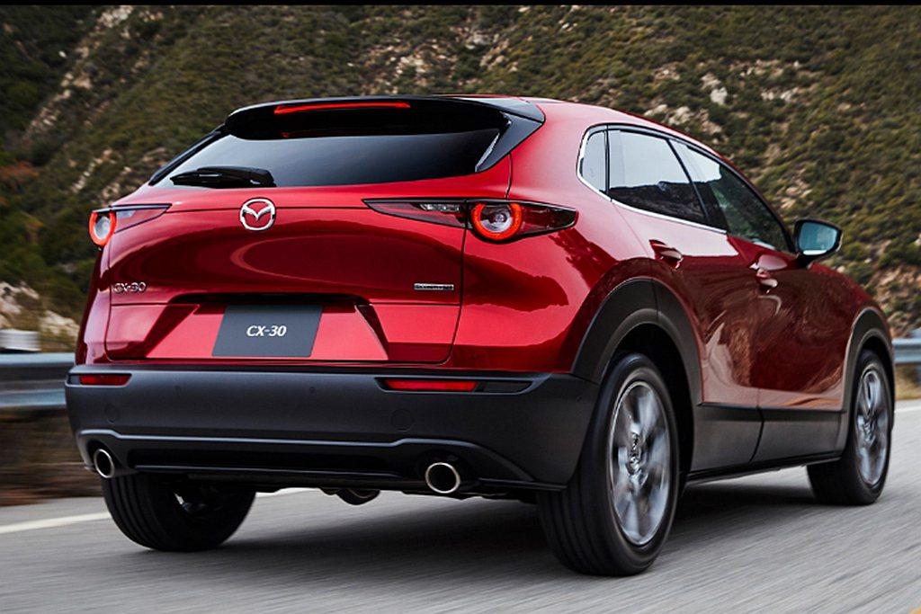 Mazda CX-30不僅是品牌全新世代跨界休旅,更與CX-5相同定位為全球戰略...