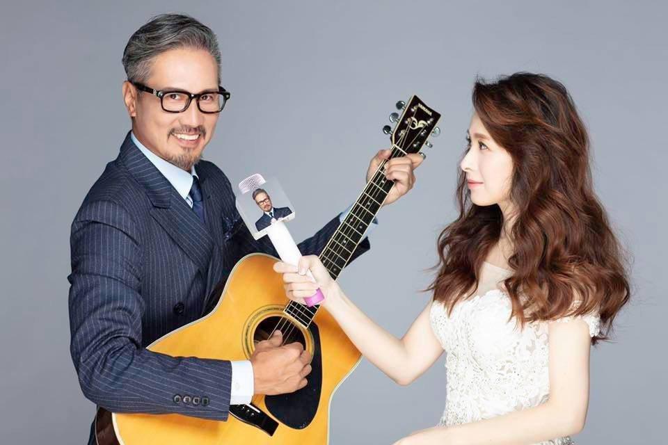 包小松與主播張雅婷愛情長跑13年,於2020年元旦宣布結婚。圖/摘自臉書