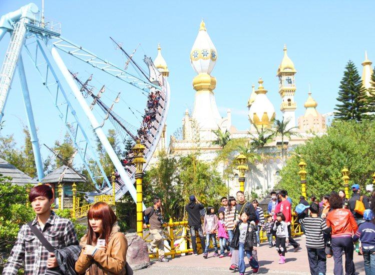 2020金鼠年開春,六福村祭優惠大補帖,最低票價只要199元。圖/六福村提供