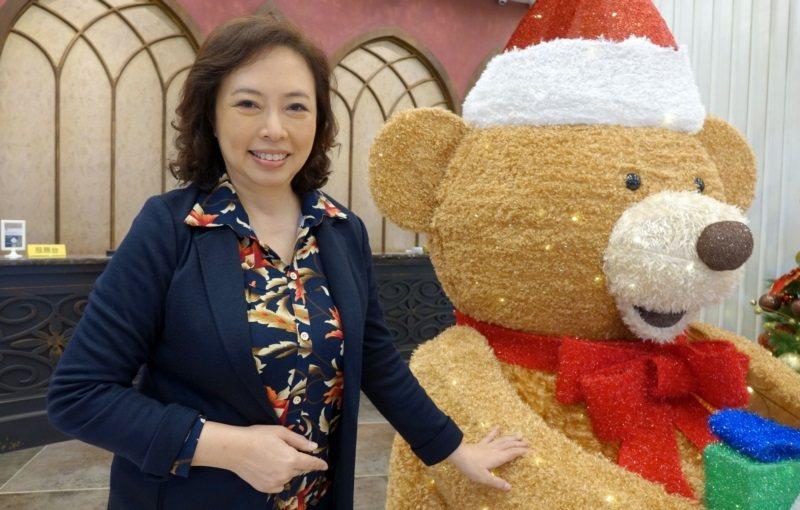 沐華國際美容公司營運長江惠頌中年轉業,考量了協助公司發展性、自我實践、健康養生與...