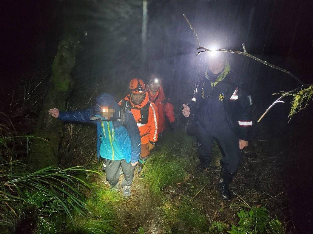 原住民救難人員經常協助山區搜救任務,是搜救人員最佳幫手。 圖/花蓮縣消防局提供