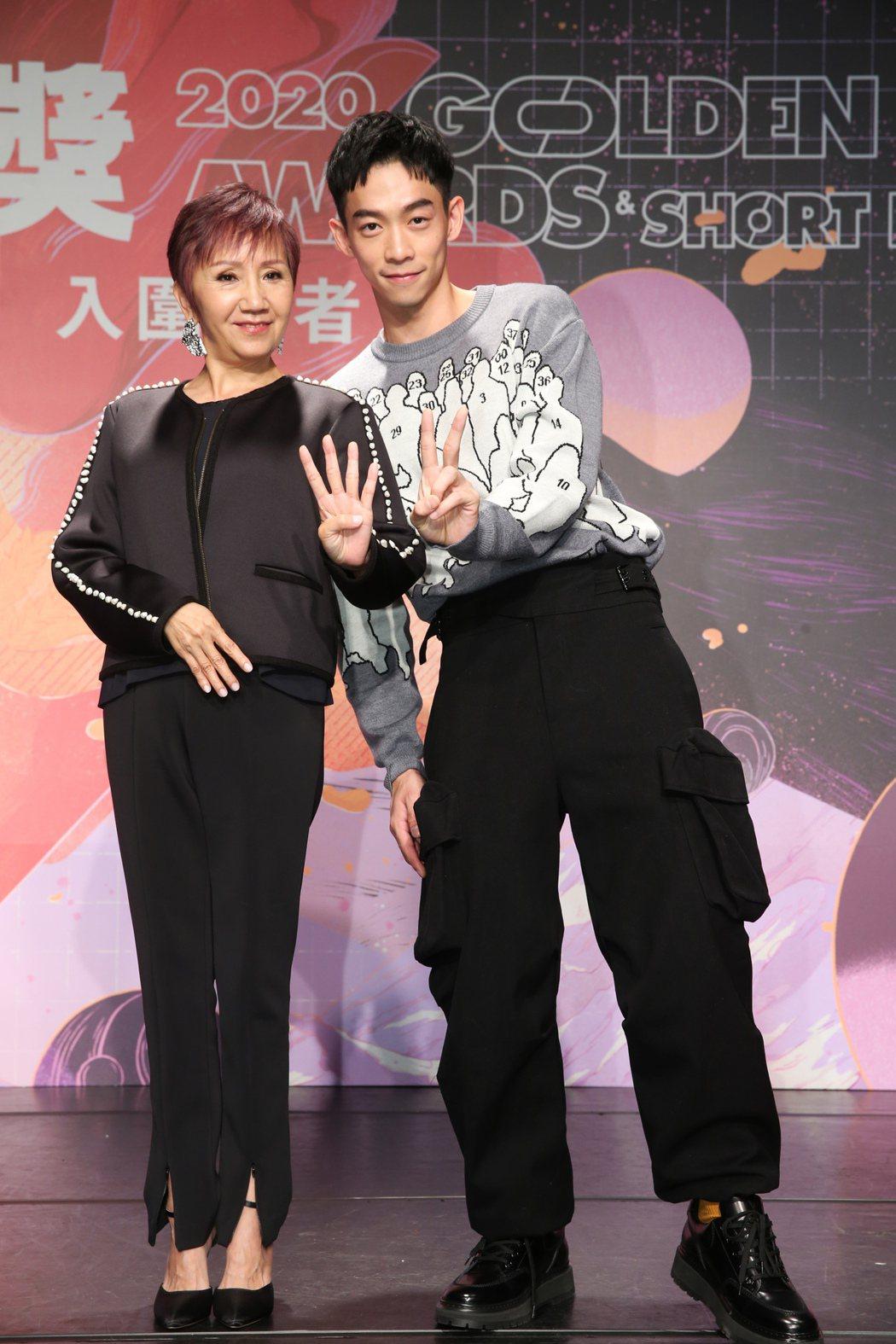 金鐘影后陸弈靜(左)、新生代演員王可元(右)連袂出席第42屆金穗獎入圍記者會擔任