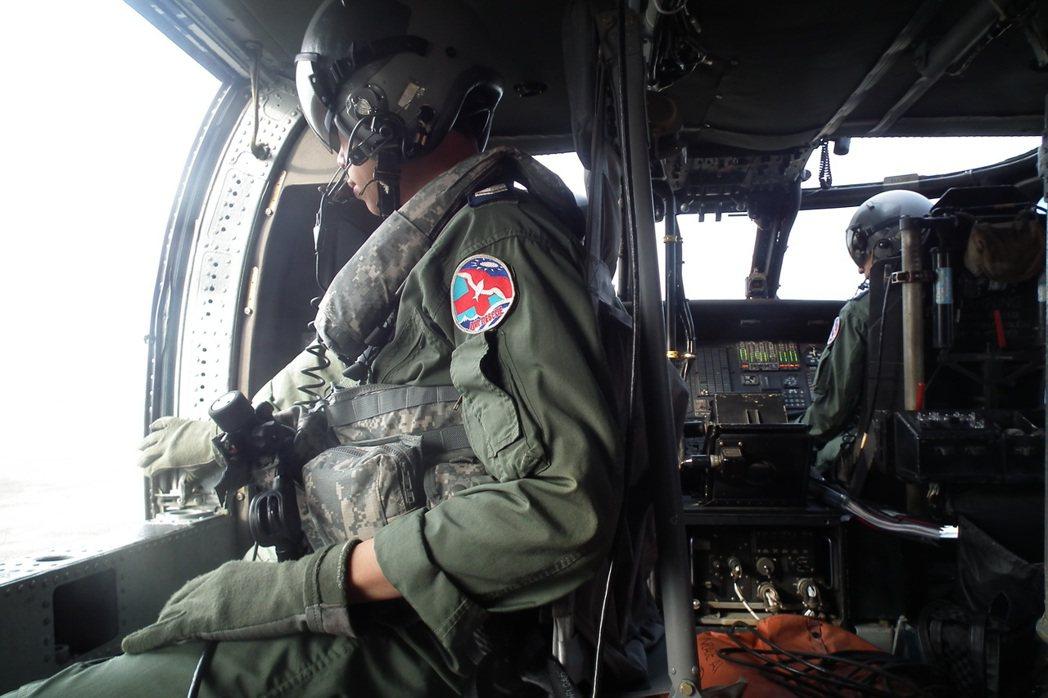 空軍海鷗救護隊機組人員,個個素有專攻,兼負救人第一的使命。圖/聯合報系資料照片