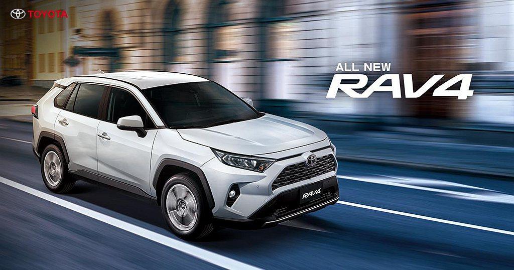進口的Toyota RAV4奪下年度總銷售排行第二,也是台灣汽車市場熱賣的休旅車...