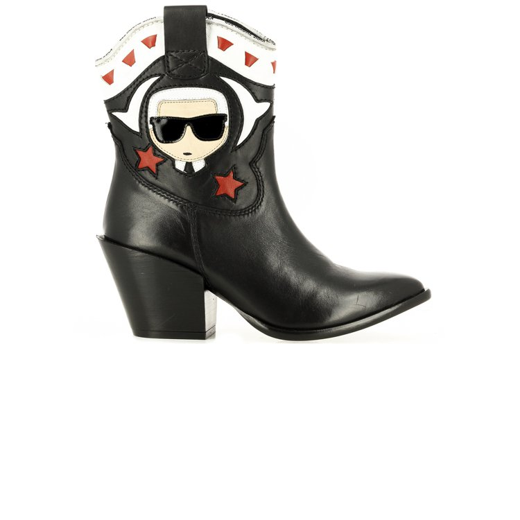 KAVALIER II IKONIK牛仔低跟靴,售價12,800元。圖/Weng...