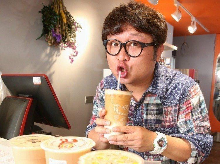 納豆本身就是個美食家,他來介紹美食極有說服力。本報資料照
