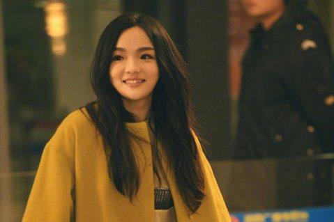 「金曲歌后」徐佳瑩在「我是歌手4」闖進前6名,邁入第8年的節目「歌手」今年改名「歌手‧當打之年」,她再度回歸成為選手之一,另外曾率「獅子」參賽的「金曲歌王」蕭敬騰(老蕭)這回單槍匹馬上陣,歌王、歌后...