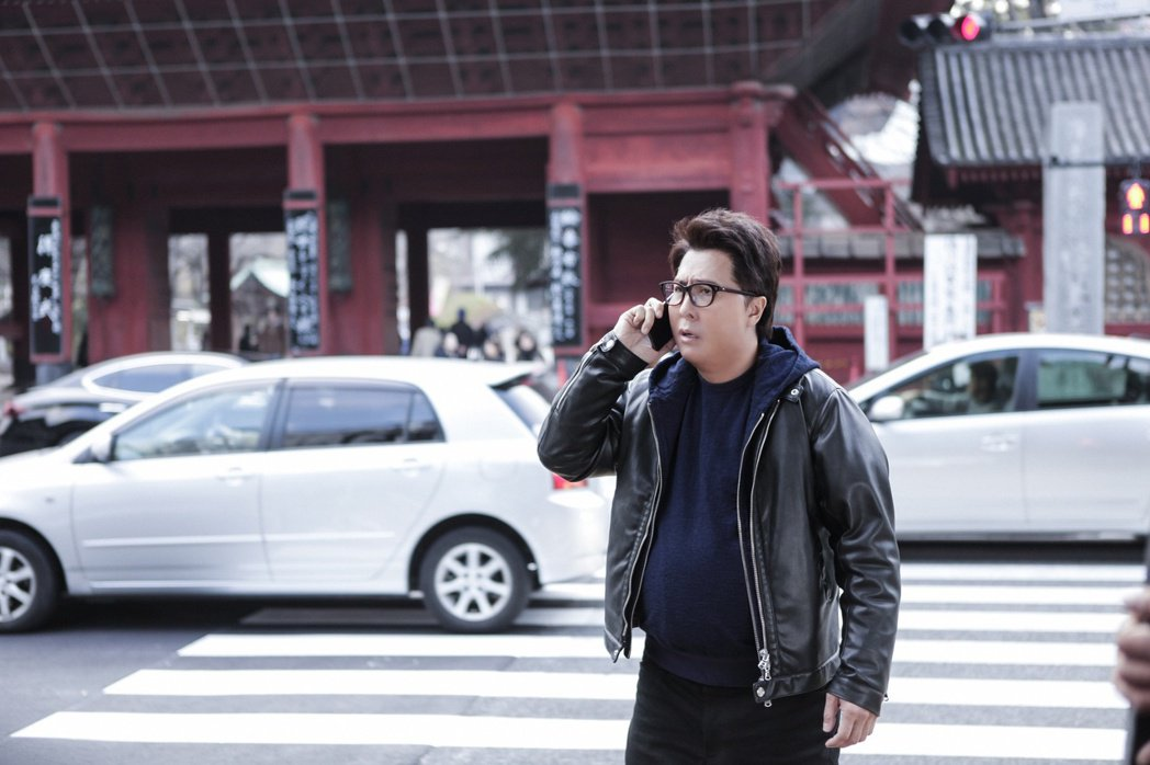 甄子丹在「肥龍過江」中華麗變身,靠著好萊塢等級的變裝特效,成為體重破百的神探。圖