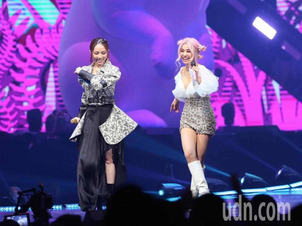 蔡依林「Ugly Beauty」世界巡迴演唱會台北站第四場今晚在台北小巨蛋開唱。...