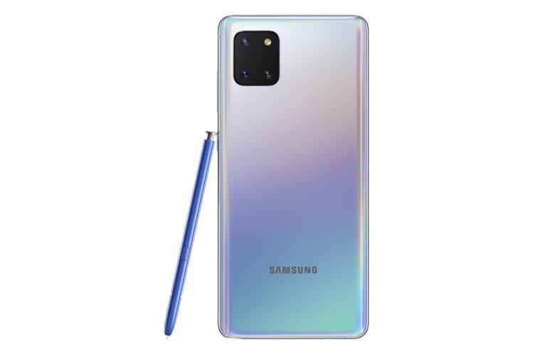Samsung Galaxy Note10 Lite的3鏡頭主相機採用矩陣式排列...