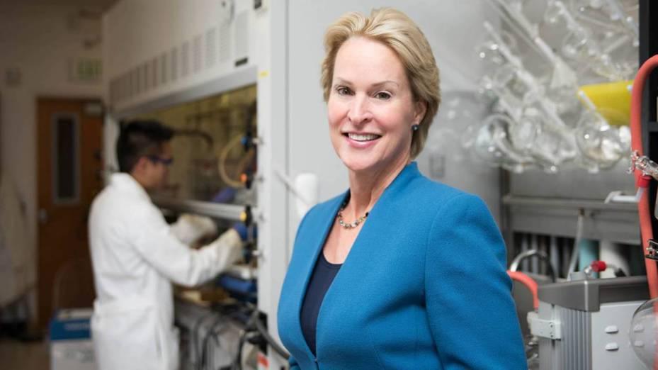 2018年贏得諾貝爾化學獎的美國科學家阿諾德(Frances Arnold)爆出最新研究有瑕疵,2日她宣布撤回論文並公開致歉。圖/Caltech