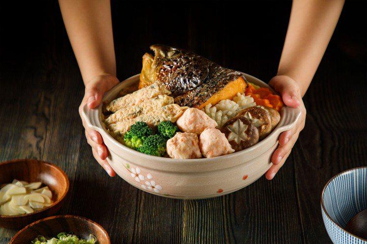 美威一品鮭魚海鮮鍋。圖/美威鮭魚提供