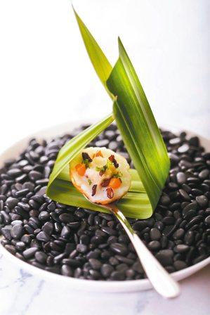 皇家紫米煎餅。 圖/台北晶華酒店提供