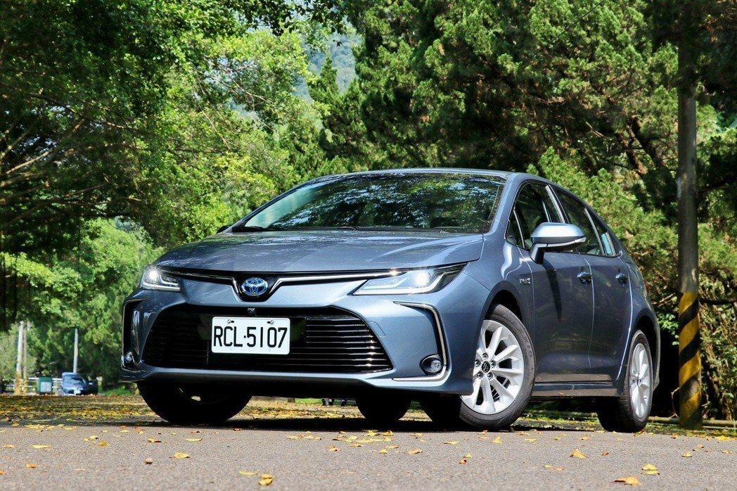 TOYOTA Corolla Altis是國產車銷售指標。 記者陳威任/攝影