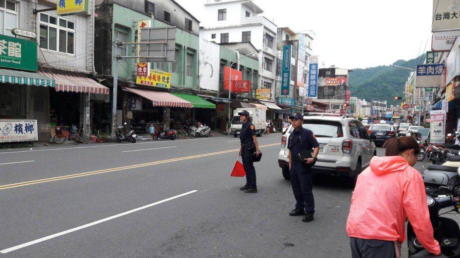 旗山警分局預告,轄區各派出所員警將在1月7日至9日、14日至16日交通大執法。記者徐白櫻/翻攝