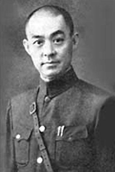 張自忠將軍在喜峰口以大刀隊突襲日軍,獲頒青天白日勳章。 (網路圖片)