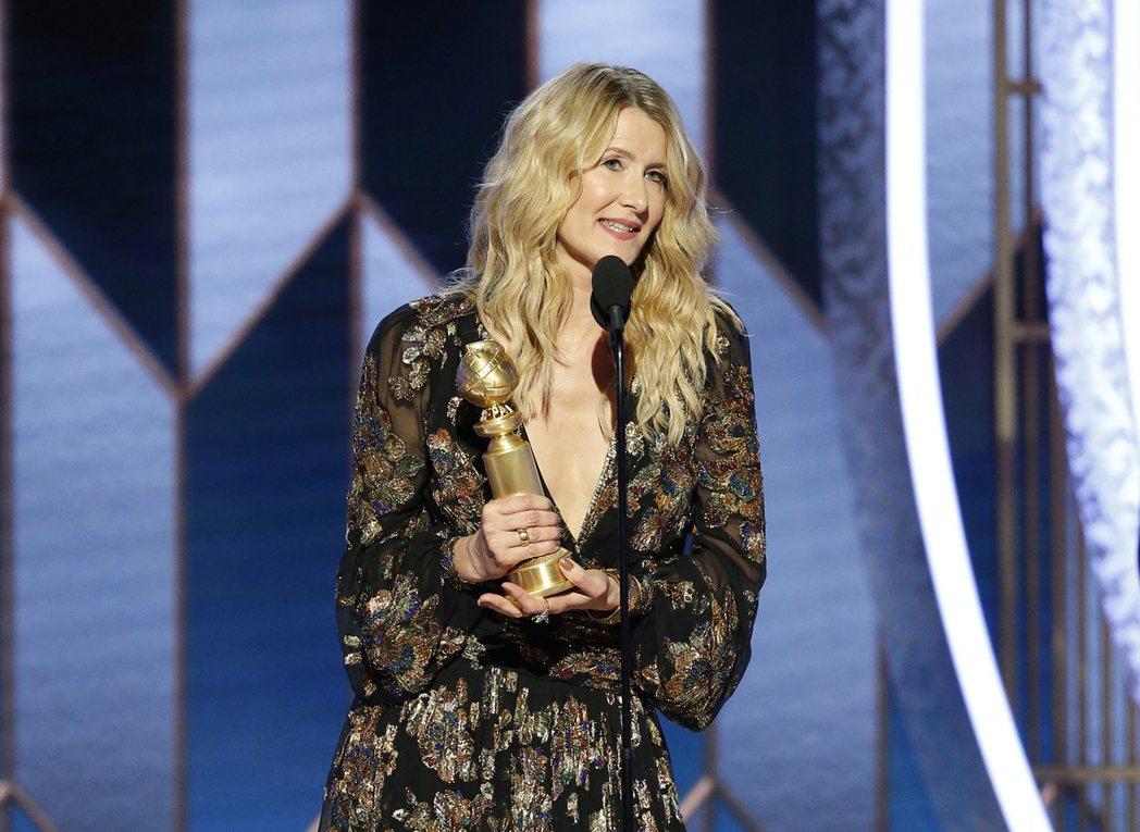蘿拉鄧以「婚姻故事」拿下第77屆金球獎電影類最佳女配角。 圖/美聯社