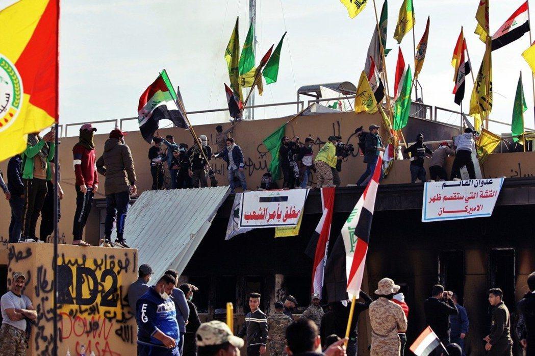 美國與伊拉克、伊朗的「短兵相接」,始於去年12月31日的「巴格達美國大使館圍攻事...