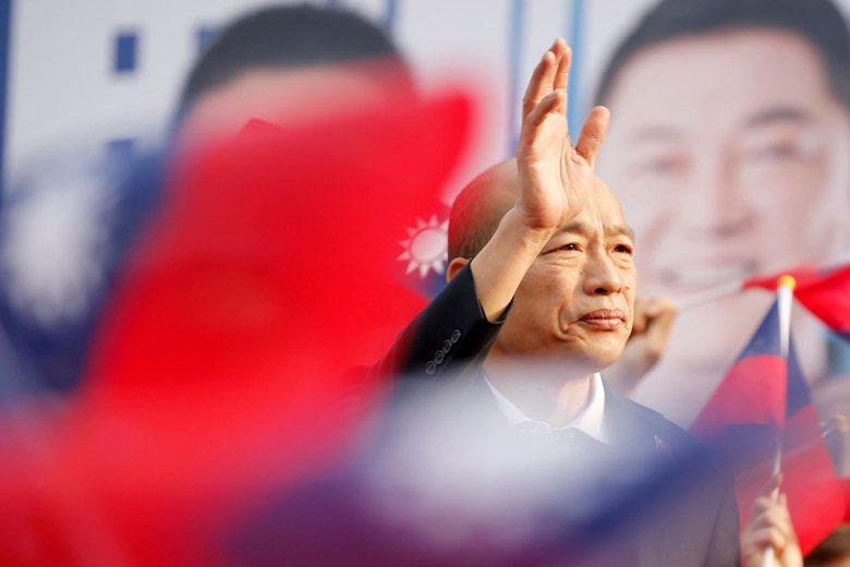 最後關頭,韓國瑜的策略就是將深藍群眾與韓粉仇恨與恐懼意識最大化。 圖/路透社