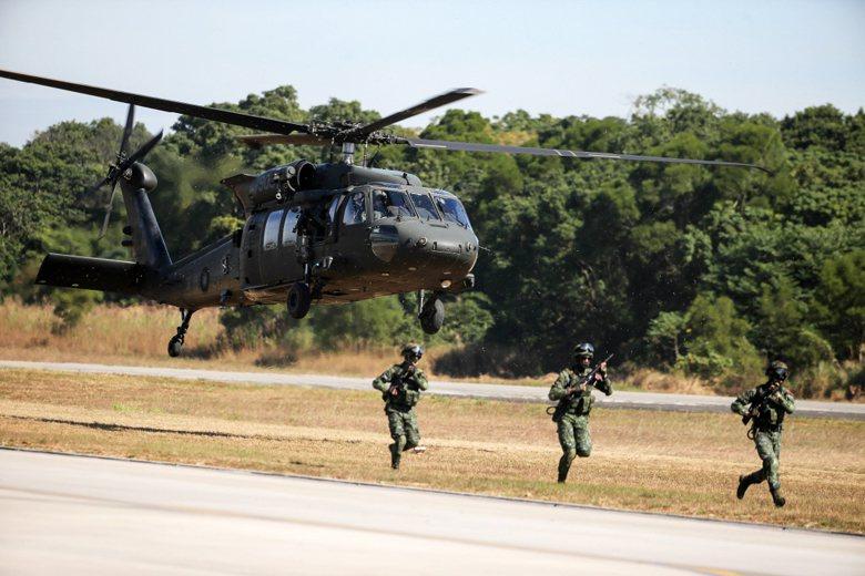 UH-60M黑鷹直升機。 圖/聯合報系資料照