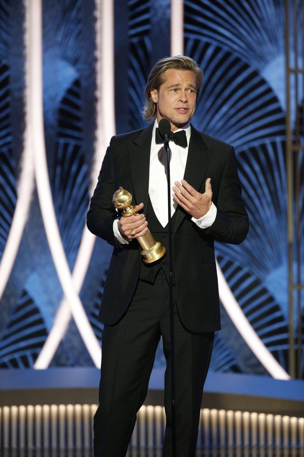 布萊德彼特以「從前,有個好萊塢」拿下第77屆金球獎最佳男配角。 圖/美聯社