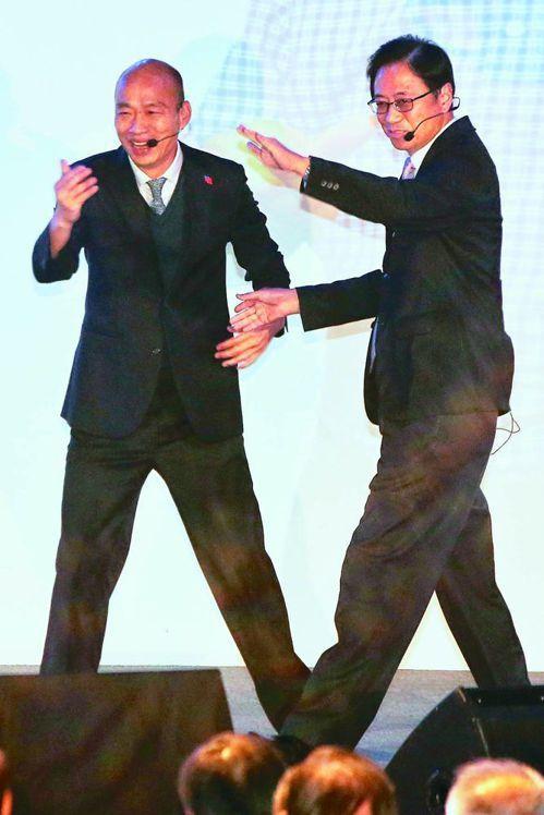 韓國瑜與張善政合組「國政聯盟」。圖/聯合報系資料照片