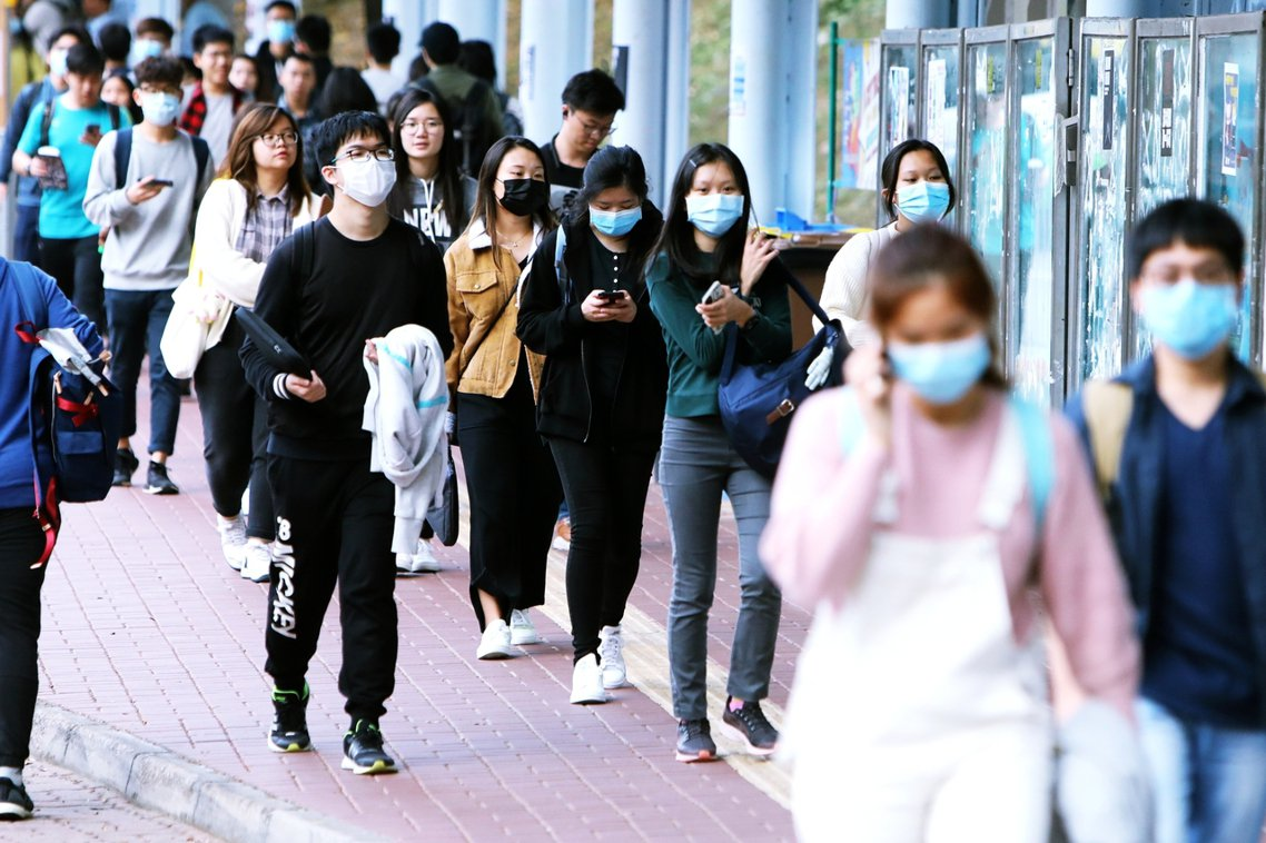 中國「武漢不明原因肺炎」疫情持續擴大,並疑似蔓延至香港。截至目前港府已接獲21例...