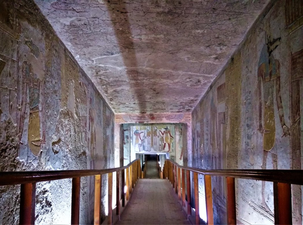 KV14賽特納赫特陵墓走道