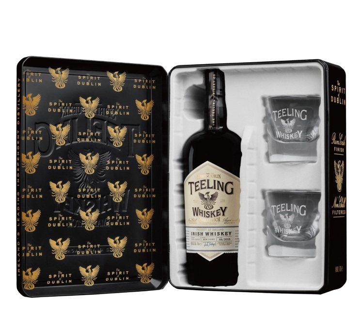 天頂都柏林復興名仕威士忌典藏禮盒,建議售價1550元。圖/橡木桶洋酒提供 ...
