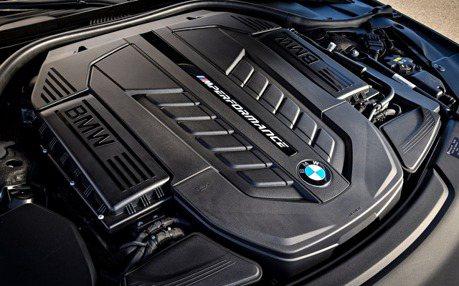 BMW正式確定 四渦輪柴油與V12引擎未來將停產!