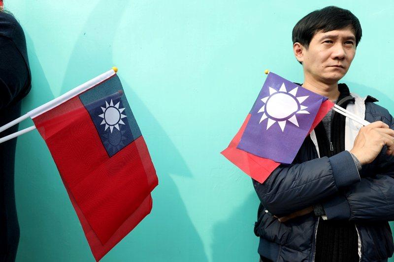 這次選舉,表面看似兩大黨的競爭,背後實質卻是本土派與習近平在台代理人爭奪台灣下個世代的主導權。 圖/路透社