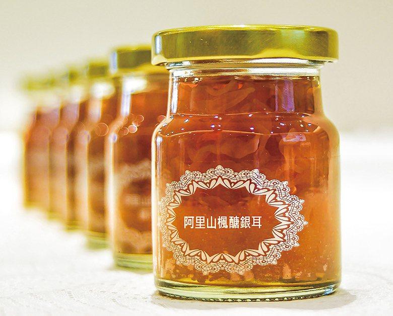 ▲「阿里山楓醣銀耳」是台灣精華食品的主力產品。台灣精華食品提供