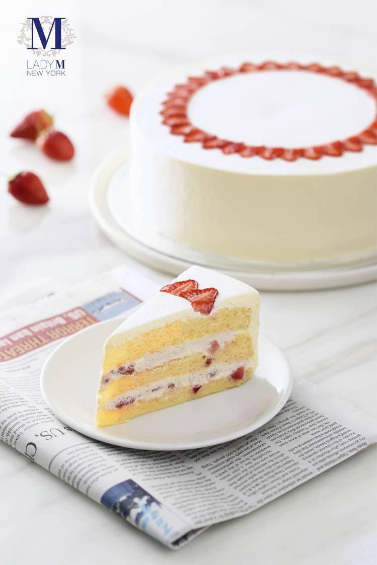 「草莓海綿蛋糕」單片270元,9吋2,700元,四間店皆有販售。圖/Lady M...