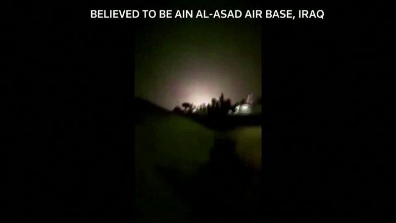伊朗官媒8日公布美軍位於伊拉克安巴爾省的阿薩德空軍基地被飛彈擊中影像。一位不具名美方官員表示,就算伊朗攻擊造成傷亡,應不至於太過嚴重。路透