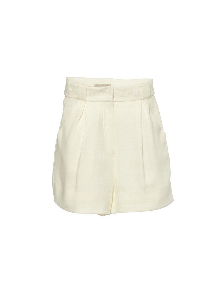 各色五分褲是夏姿‧陳春夏女裝系列的重點單品。圖/SHIATZY CHEN提供