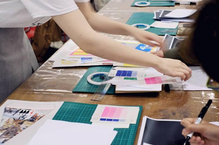「歲朝寄寓 — O.OO Design & Risograph ROOM孔版印刷...