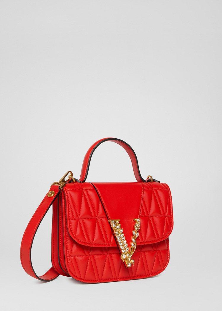 Versace Virtus新春系列限定包款鮮紅羊皮絎縫V字裝飾肩背包,72,0...